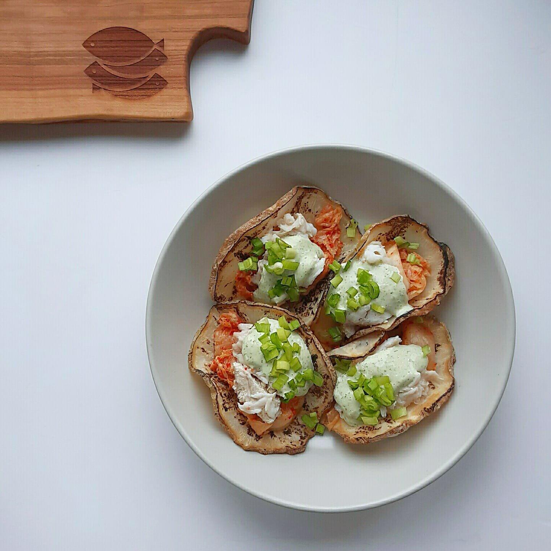 """Gładzica z kimchi na """"taco"""" z selera"""